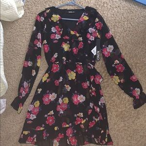 NWT XOXO Dress floral black xs